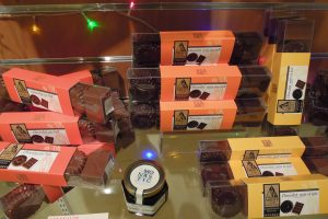 chocolats et confiseries, pâtes de fruits (produits monastiques)