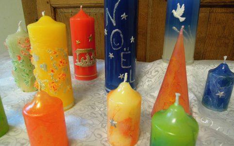 Bougies fondues et décorées à la main (Carmel du Havre)