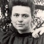 Elisabeth_de_la_Trinité_lors_de_son_entée_au_noviciat_le_2_août_1901
