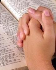 praying-hands-biblebis