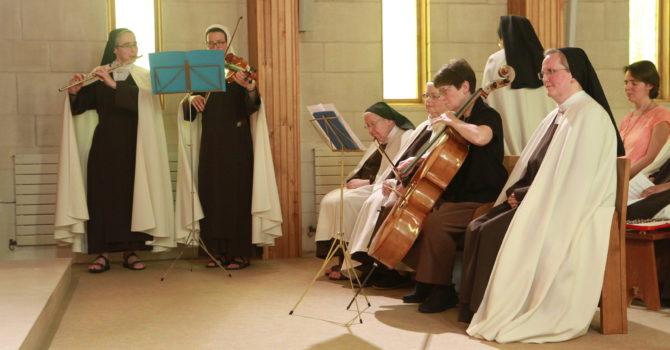 Musique pendant la procession des offrandes